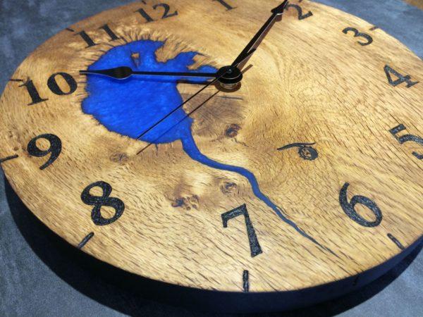 IMG_3070 blue clock v2